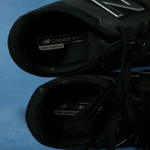 New Balance Shoes - NWOT NEW BALANCE 520 sneakers